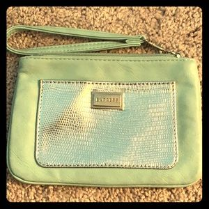 Express light blue/green Clutch